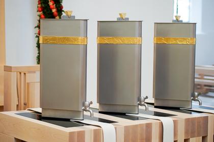 Chrisammesse – Ölgefäße für die Heiligen Öle